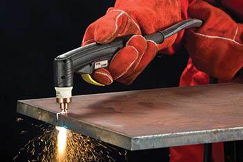 Плазморез используется для резки листового металла